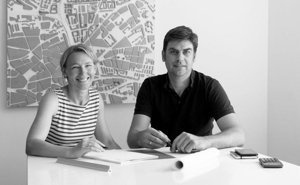 Besprechung im Architekturbüro von Lurz, von Brunn Architekten